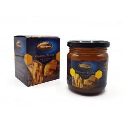 خلطة العسل والجنسنغ والغذاء الملكي وحبوب الطلع