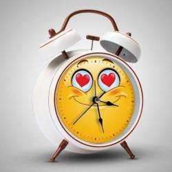 ساعة منبه عاشق