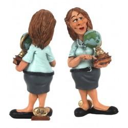 تمثال معلمة ساخر