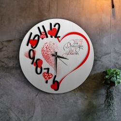 ساعة قلب أحمر رومانسية